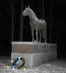 Finnhorse - War horse -statue at Seinäjoki. Photo by Jarmo Välimäki
