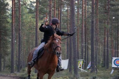 mounted archery finnhorse
